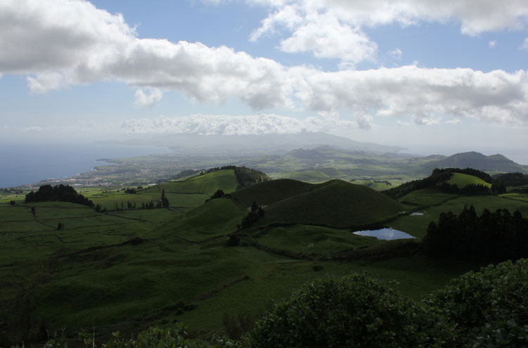 Caldeira das Sete Cidades: Sete Cidades - © By Flickr user amoswright