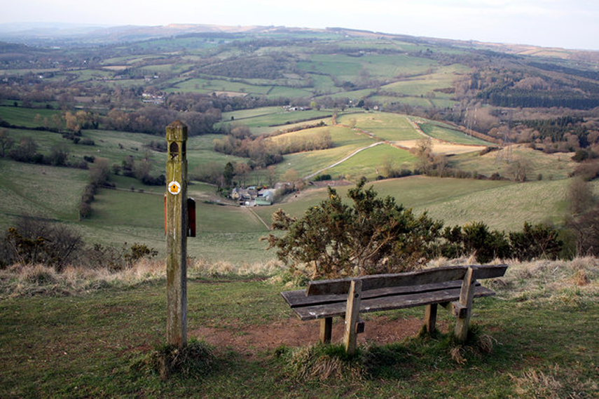 Cotswold Way: Cotswold Way  - © geograph user Mike Baldwin