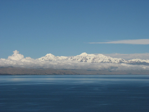 Distant Andes, Isla del Sol - © By Flickr user -Jonas-