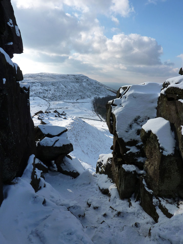 Cold Moor From the Wainstones - © By Flickr user WipeoutDave