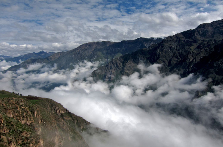 Colca Canyon - © From Flickr user ChrisStreeter