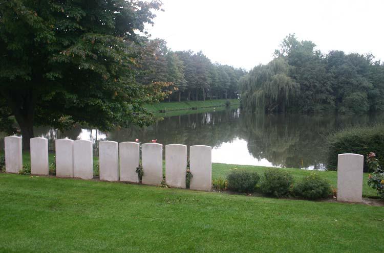 WWI Battlefields - © William Mackesy