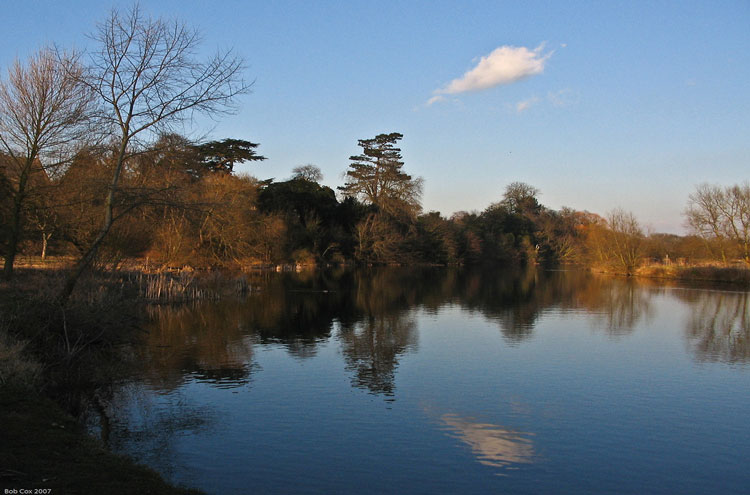 Thames Path: Clifton Hampden, Oxfordshire - © By Flickr user Bob Cox Photgraphy
