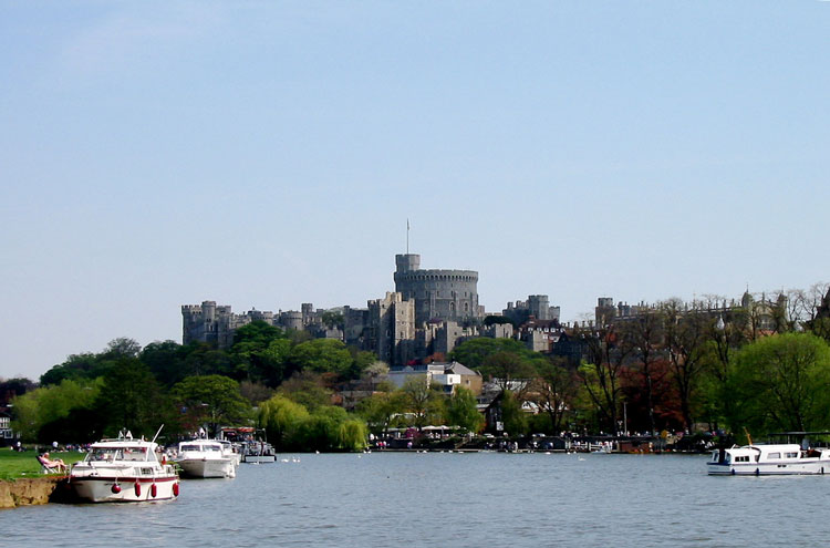 Windsor Castle From the Thames - © By Flickr user Swimboy1