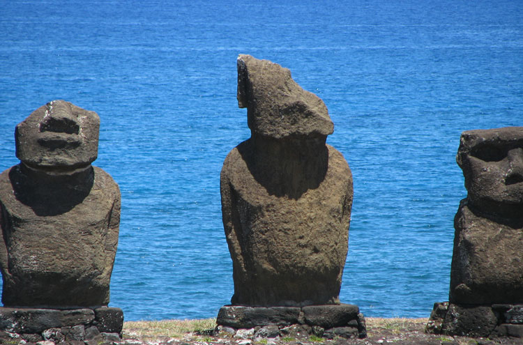 Easter Island: Easter Island Chainsaw Massacre... - © From Flickr user Jdelard