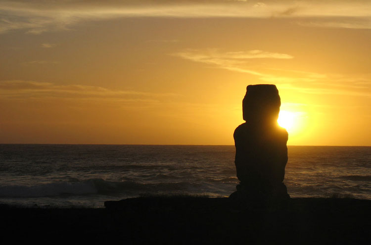 Sunset, Easter Island - © From Flickr user Matito