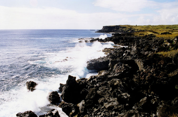 Easter Island Coastline - © From Flickr user Anoldent