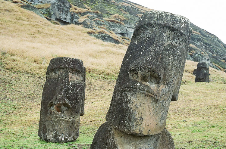 Easter Island - © From Flickr user AlexGrechman