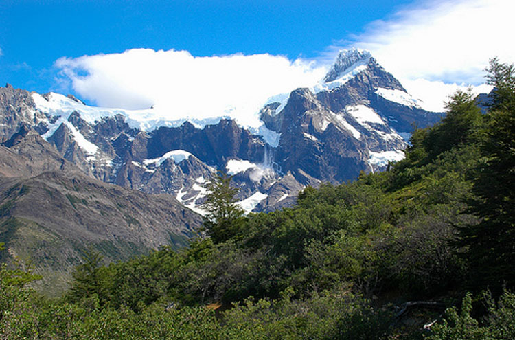 Torres del Paine: Torres del Paine - © By Flickr user cordyph