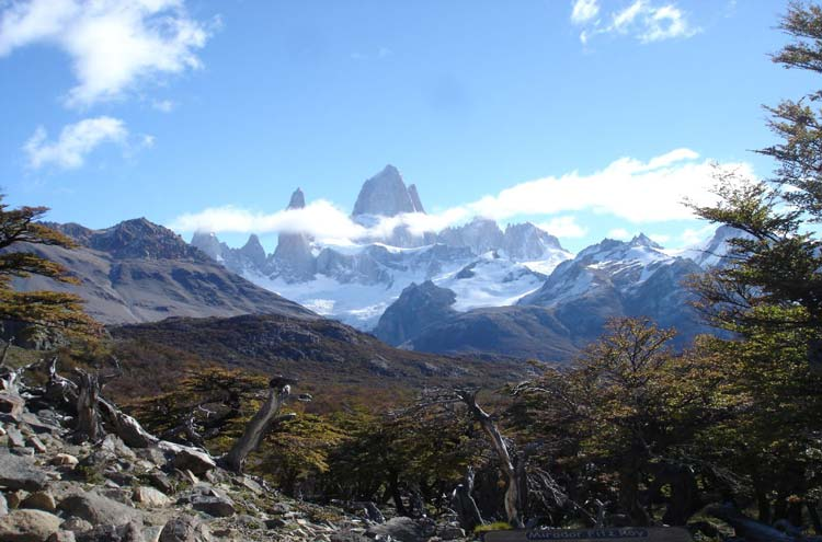 Monte Fitz Roy - © By Flickr user juan_M