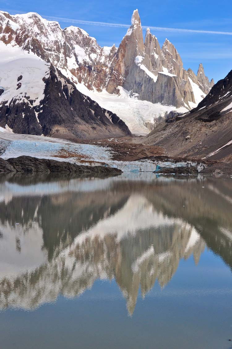 Cerro Torre, Glacier Grande - © By Flickr user GeoffLivingston