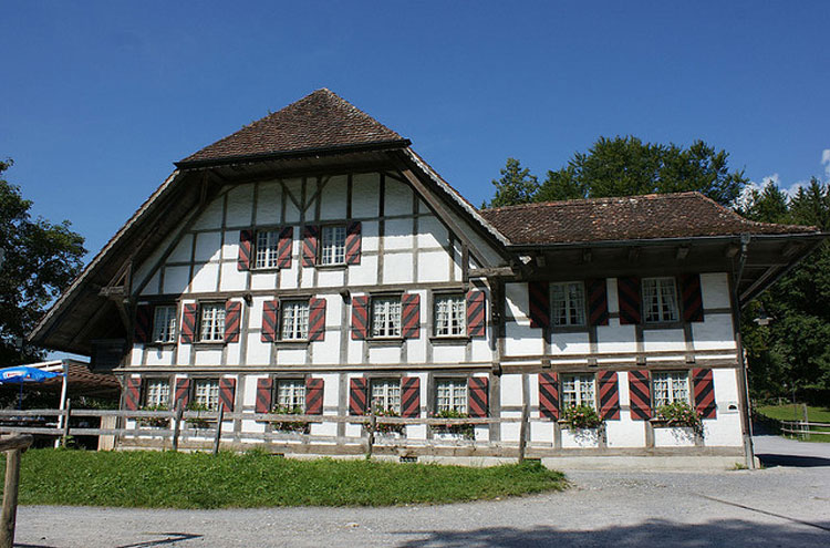 Auberge Rapperswill - © By Flickr user Lomyx