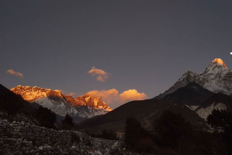 Mt Everest Base Camp: Scenery when trekking to EBC from Pristine Nepal Treks