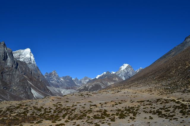 Everest Base Camp, Nepal - Trek to Base Camp - © Flickr user gorbulas_sandybanks