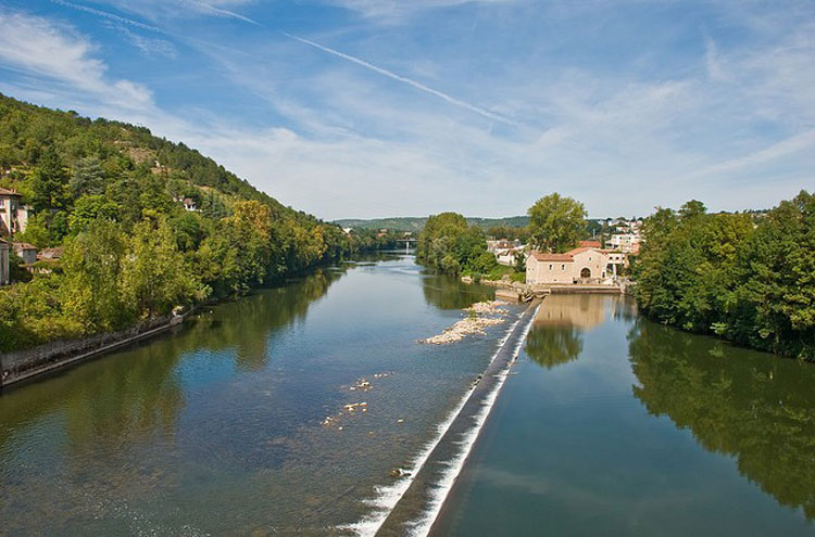 The River Lot at Cahors - © By Flickr user PhillipC