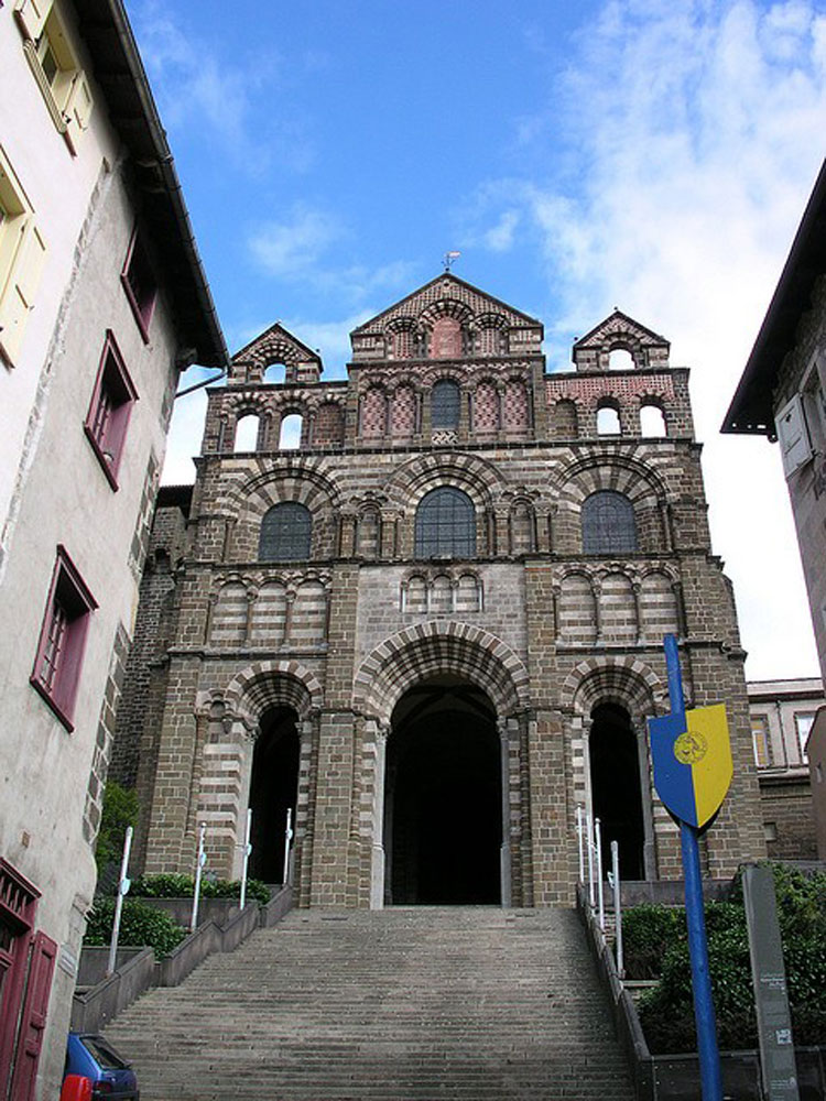 Le Puy Cathedral - © By Flickr user Jean-Louis Zimmerman