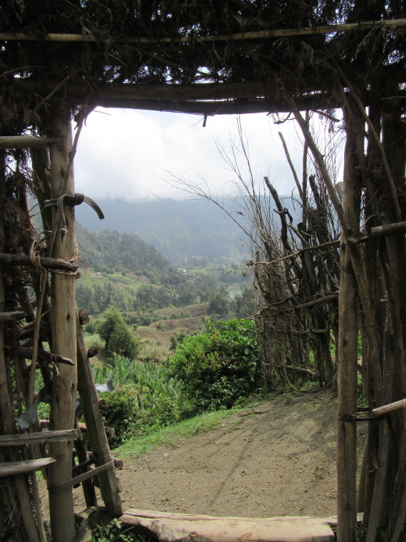 Ethiopia Central, Wonchi Crater Lake , Door in fence on crater side , Walkopedia