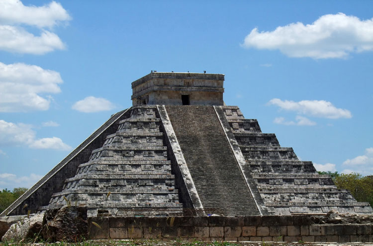 Chichen Itza - © By Flickr user MotleyPixel