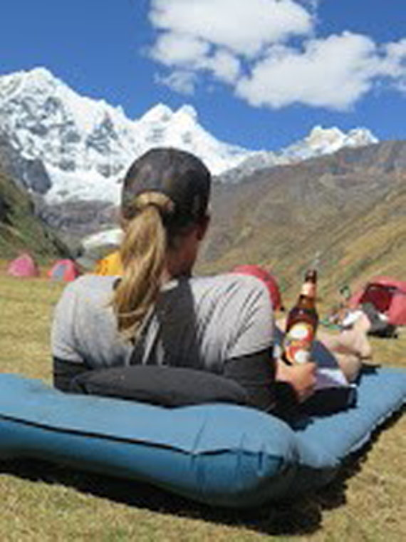 Huayhuash Circuit: A trekker rocks the Huayhuash - © Josephine Johnson