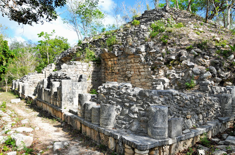 Tulum, and Coba to Yaxuna: Yaxuna Temple - © By Flickr user archer10