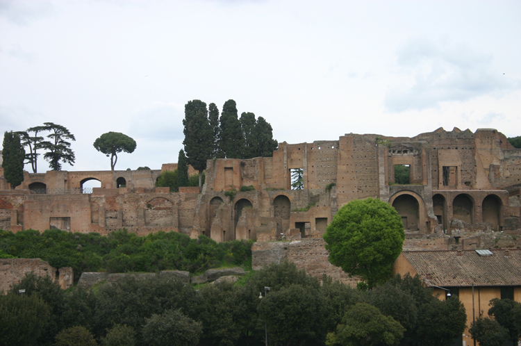 Rome: Up at the Palatine - © William Mackesy
