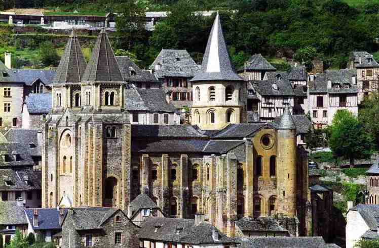 Conques - © By Flickr user PhillipC