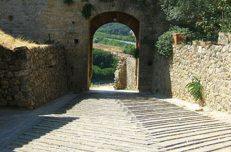 Monteriggiano - © Flickr user Jenza