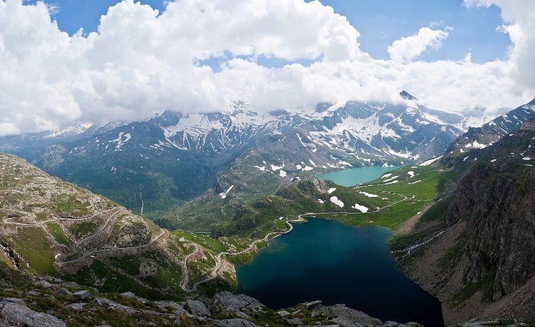 Alta Via 2 (Gran Paradiso): Colle del Nivolet  - © flickr user- Soumei Baba...