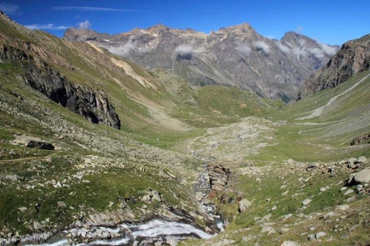 Italy Alps: Gran Paradiso, Alta Via 2 (Gran Paradiso), Vallone di Levionaz , Walkopedia