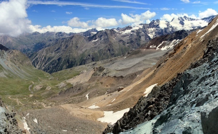 Alta Via 2 (Gran Paradiso): View from Col Lauson (Loson)  - © flickr user- Fulvio Spada