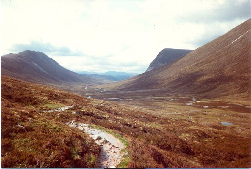 Lairig Ghru  - © geograph user Roddy Smith