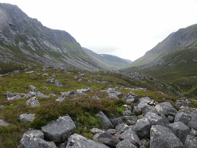Lairig Ghru  - © geograph user Peter S