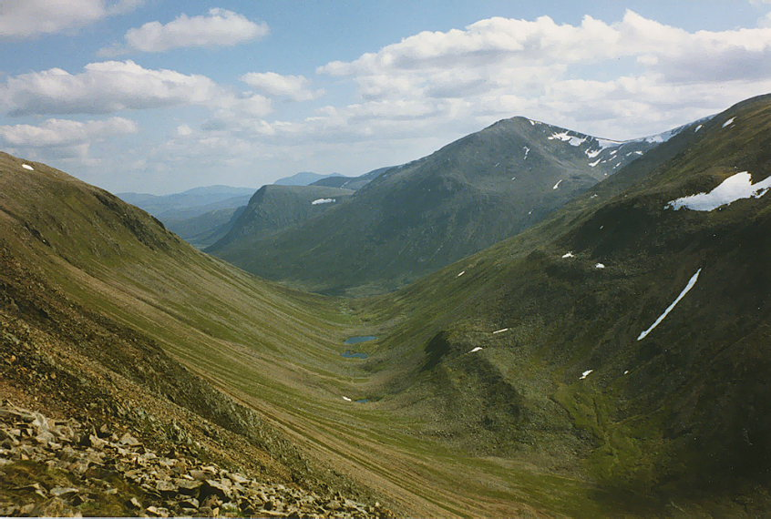 View down the Lairig Ghru from Miadan Creag an Leth-choin - © wiki user Nigel Brown