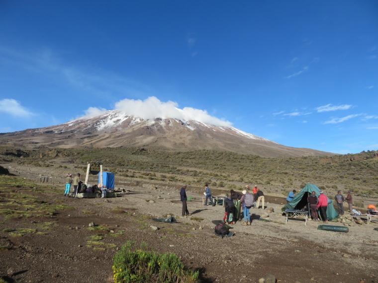 Mount Kilimanjaro : 3rd Cave camp, am - © William Mackesy