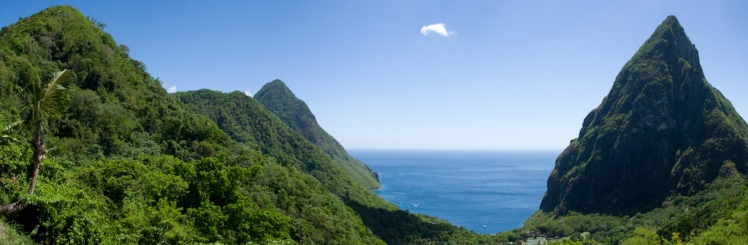 Piton Ridge - © Flickr user Aramil Liadon