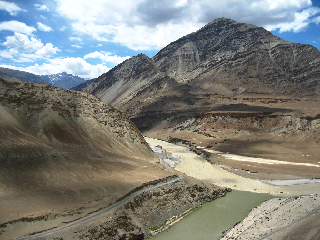 Zanskar-Indus Confluence - © By Flickr user t3rmin4t0r