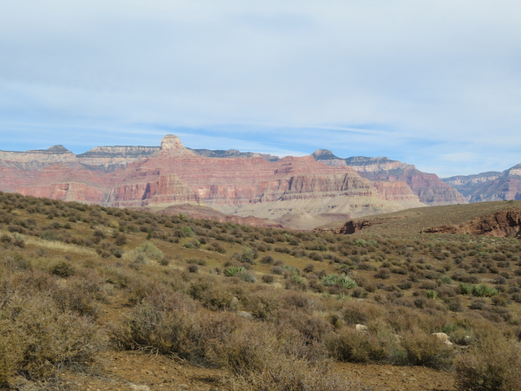 Tonto Trail: Inner Plateau, across to N rim - © William Mackesy