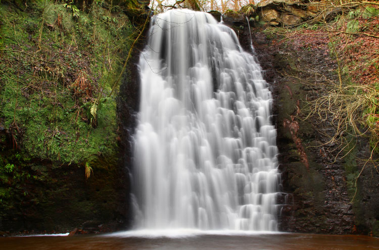 Coast to Coast: Falling Foss - © By Flickr user EllesmereFNC