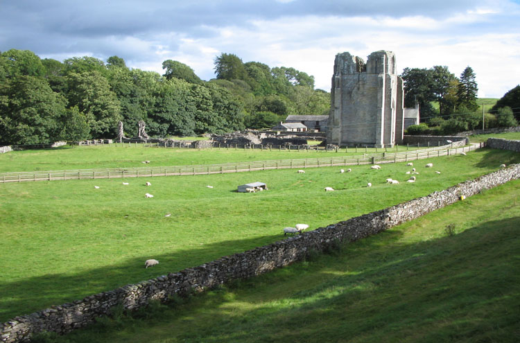 Coast to Coast: Shap Abbey - © By Flickr user MenageAMois