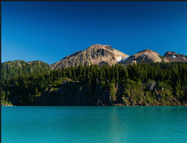 Lake Garibaldi  - © flickr user- Howie Muzika