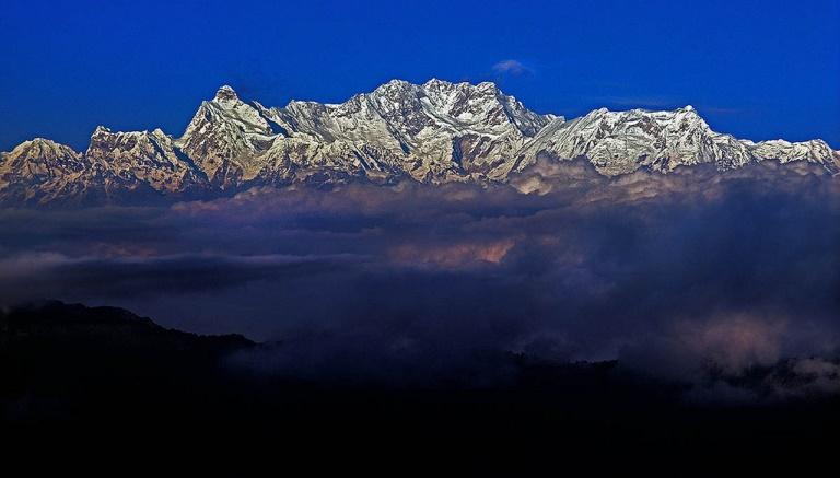 Kangchenjunga from Nepal: Kangchenjunga from the West - © flickr- Richard Droker