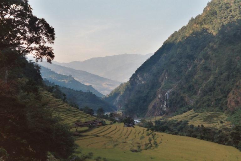 Nepal Far East, Kangchenjunga from Nepal, Tamur Valley , Walkopedia