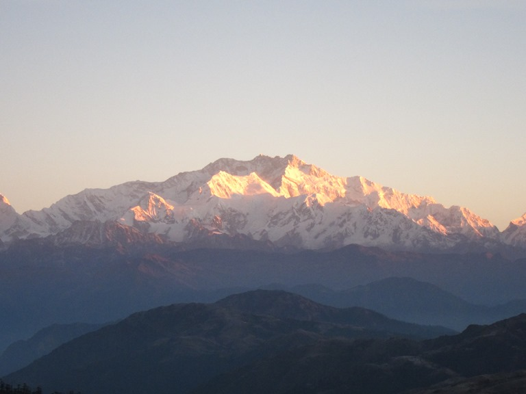 India Sikkim and nearby, Singalila Ridge to Kangchenjunga, Sandakphu, early light, Walkopedia