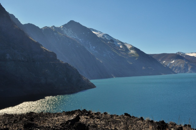 Volcan Antuco Circuit - Laguna de la Laja - © Copyright Flickr user fotos paGoda.me) Pedro Pinacho D.