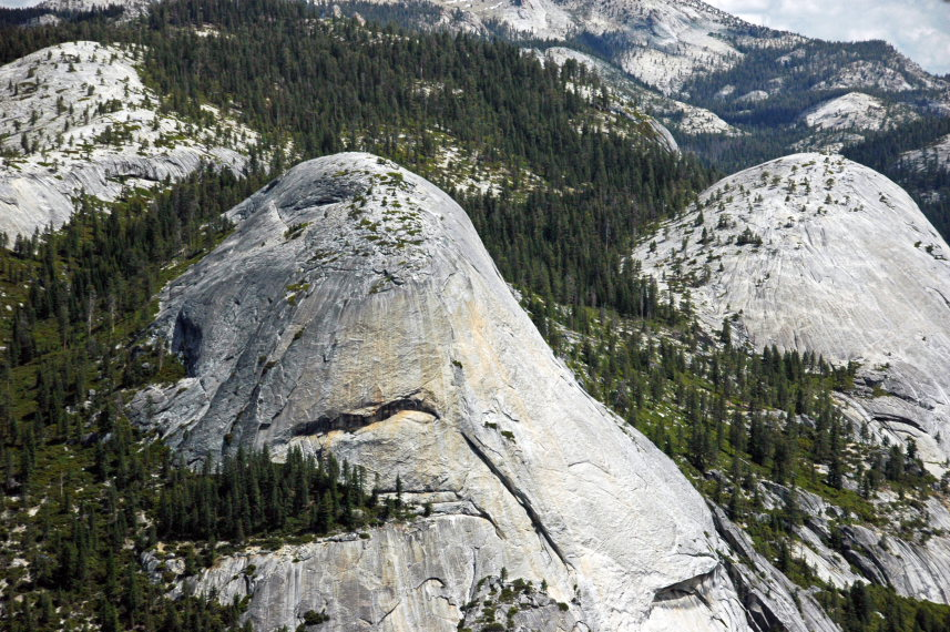 USA California Yosemite, Yosemite National Park, North Dome and Basket Dome , Walkopedia