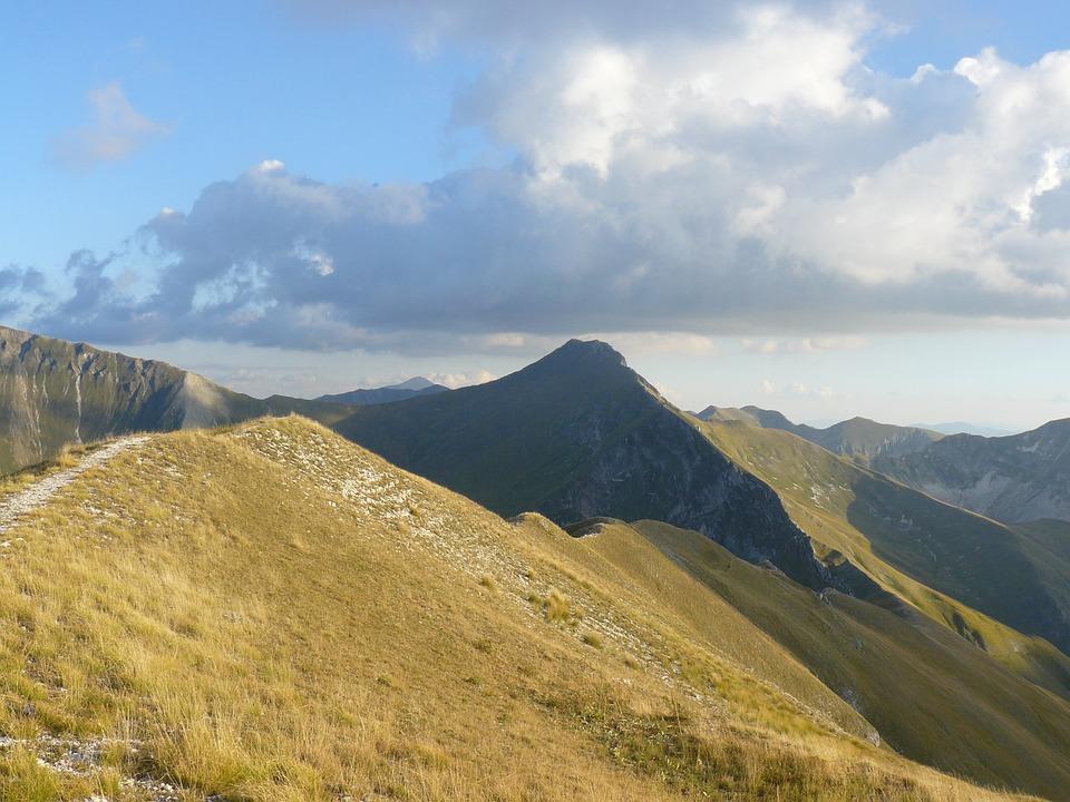 Sibillini: Mt Sibilla  - © Pixabay user beats4bits