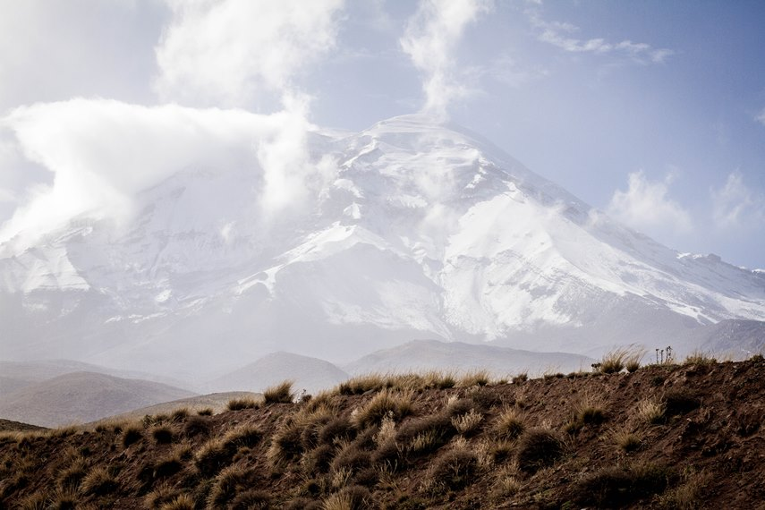Chimborazo from Carihuairazo - © Flickr User - Esteban Monar
