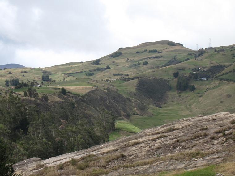 Ecuador Southern Andes, Inca Road to Ingapirca, Above Ingapirca, Walkopedia