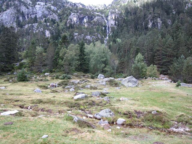 France Pyrenees, Gavarnie-Ordesa Circuit, Marcadau valley 3, Walkopedia