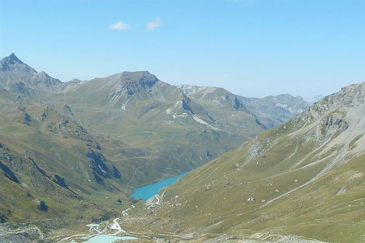 Lac de Moiry with Pointe de Tsat? (3077m) on left from Cabane de Moiry - 31st August 2015 - © Dick Everard